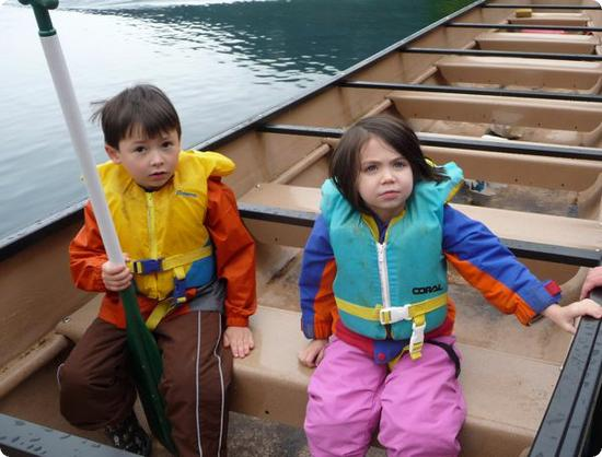 D & E Go Canoeing at Olympic Park Institute Family Camp