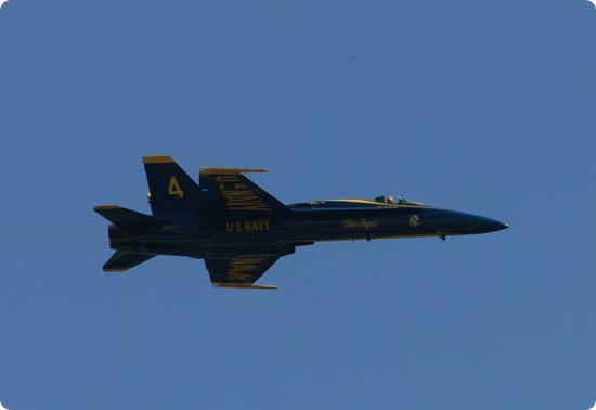 Blue Angels up close - Check out that yellow helmet