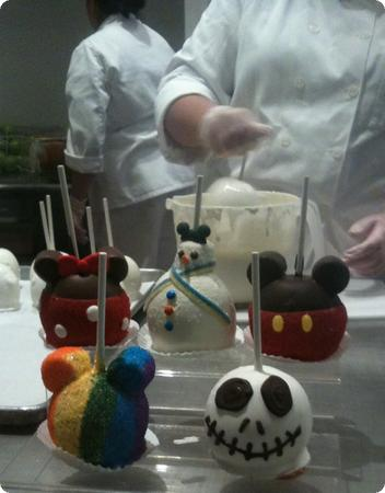 """Holiday"" Candy Apples in Marceline's Confectionary in Downtown Disney"