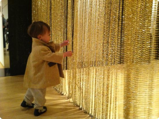 Eilan explores the entrance to an exhibit at SFMOMA