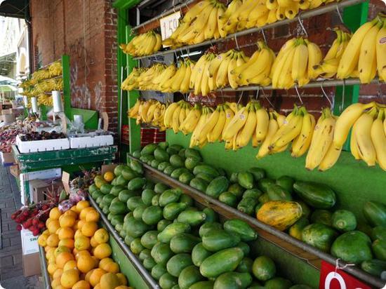 Miles of fresh fruit in Honolulu Chinatown