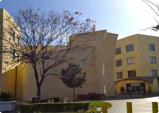 Team Disney Anaheim Building (TDA)