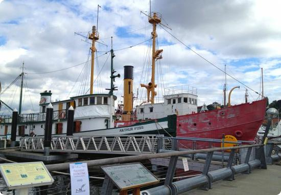 The Arthur Foss and the Swift Sure at the Center for Wooden Boats