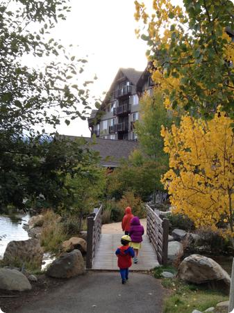 Kids cross the bridge to the Suncadia Lodge