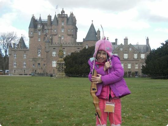 Darya tries her hand at Archery outside the 600 year old Glamis castle